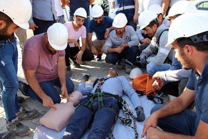 Dicle Elektrik personeline yüksekte çalışma eğitimi verildi