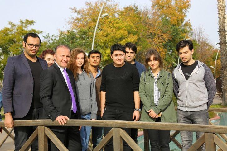 Öğrenciler Akdeniz Üniversitesi'nden Memnun