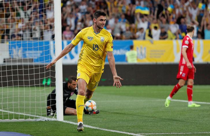 Galatasaray, Roman Yaremchuk ile ilgileniyor