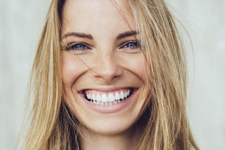 Gülüş tasarımı nedir? Mükemmel gülüşün kriterleri nelerdir?