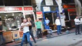 Taksim'de şok görüntü! Tehdit edip...