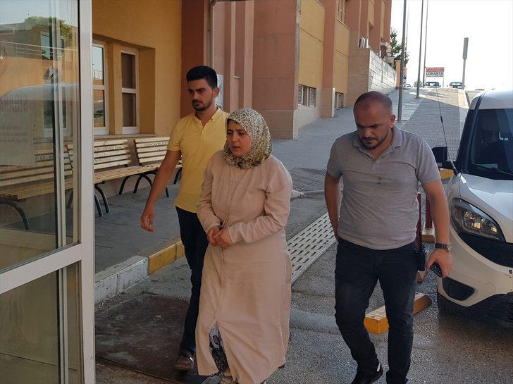 Erzincan'da vahşet! Babasını boğazından bıçaklayarak öldürdü