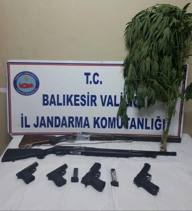 Balıkesir'de uyuşturucu ve silah operasyonu