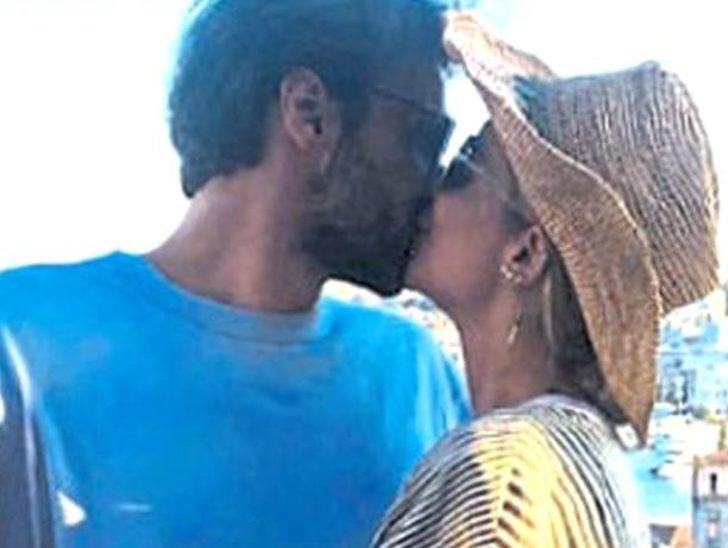 Eliz Sakuçoğlu yeni sevgilisiyle dudak dudağa