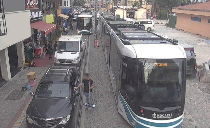 Tramvay seferini engelleyen sürücülere ceza yağıyor