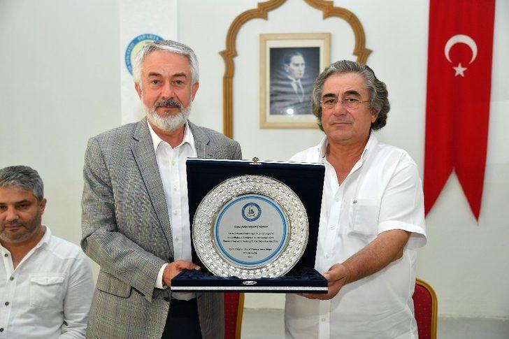 Süleyman Demirel Organize Sanayi Bölgesi yöneticilerinden, Isparta Belediyesi'ne asfalt teşekkürü