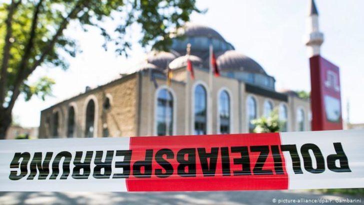 "Almanya'da ""camiler daha fazla korunsun"" talebi"