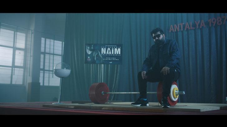 'Cep Herkülü: Naim Süleymanoğlu' filmi için Eypio'dan rap şarkı