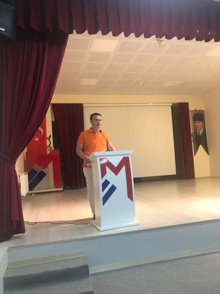 Mercan Koleji başarılı öğrencilerini ödüllendiriyor