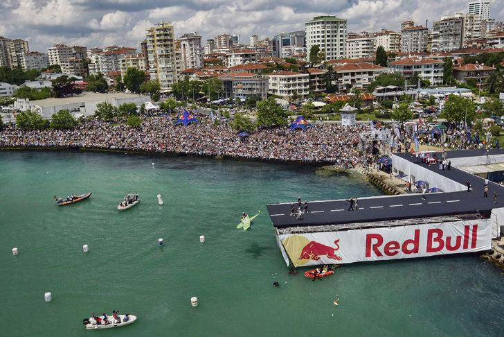 'Yılın en eğlenceli uçuş etkinliği Red Bull Uçuş Günü kaçmaz'