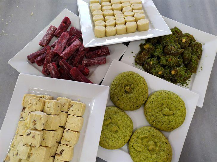 Geleneksel tatlılar bayram sofraları için hazırlanıyor