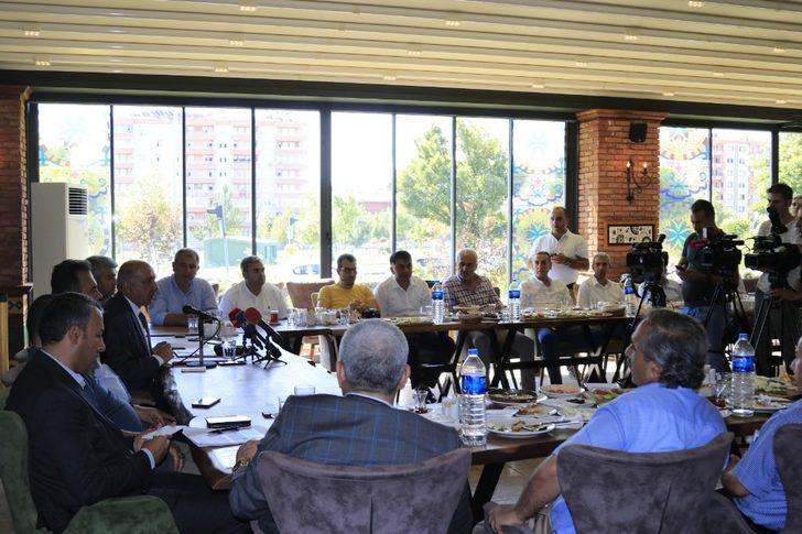DTSO Başkanı Kaya, basın mensupları ile bir araya geldi