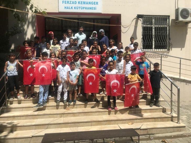 Diyarbakırlı çocuklardan işaret diliyle bayram kutlaması