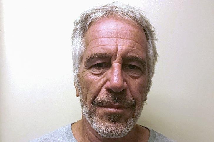 Milyarder iş adamı Jeffrey Epstein hücresinde ölü bulundu!