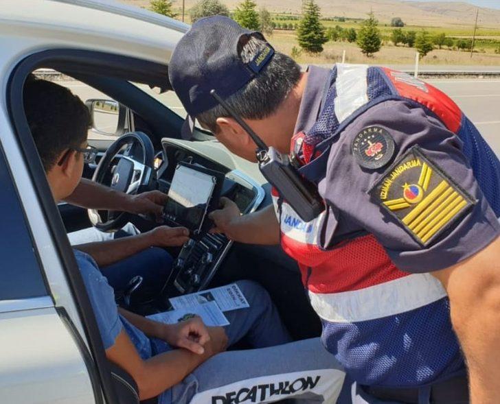 Jandarma trafik ekiplerinden Kurban Bayramı öncesi huzur denetimi