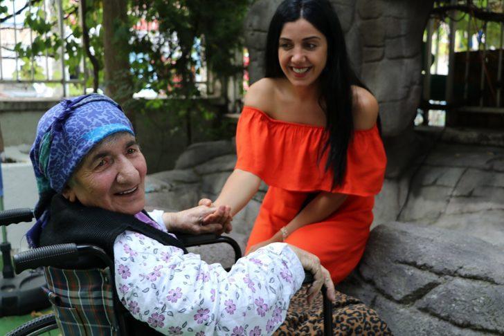 Aşık Veysel'in kızı, babasını anlattı