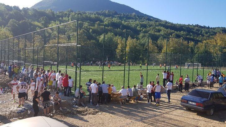 Şirinköy'de düzenlenen futbol turnuvasına yoğun ilgi