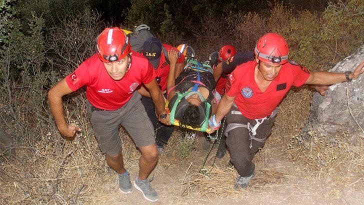 Kelebekler Vadisi'nde mahsur kalan genç kız özel ekibin 12 saatlik operasyonuyla kurtarıldı!