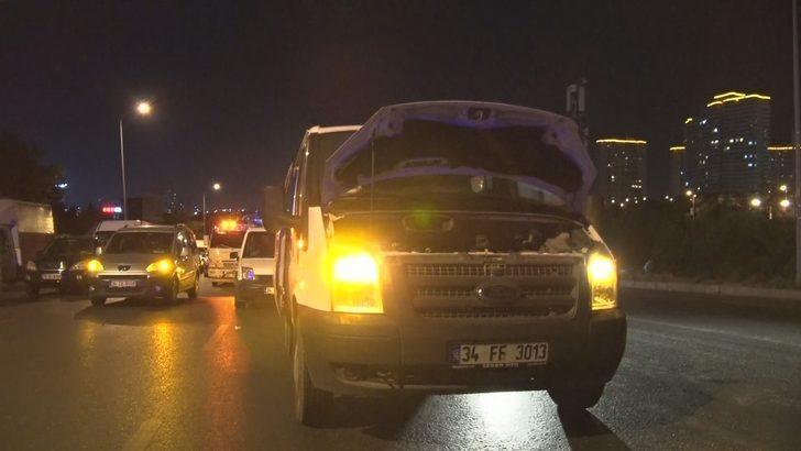 Arızalı aracından inen sürücü otomobil çarpması sonucu öldü