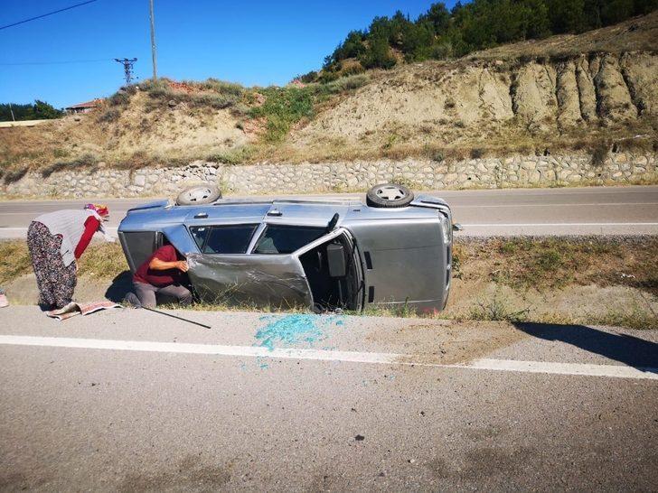 Otomobil refüjde takla attı: 1 yaralı