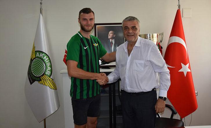 Akhisarspor'da Hadzic'ten 3 yıllık imza