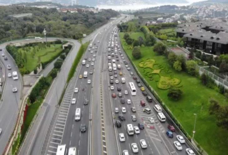 İstanbul'da tatil dönüşü trafik yoğunluğu yeniden başladı