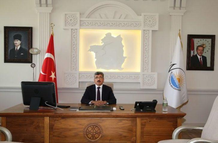 Van Valiliği'nden 'Atatürk portresi' açıklaması