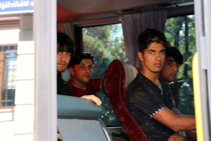 Afgan cinayeti sonrası 73 Afgan sınır dışı edildi