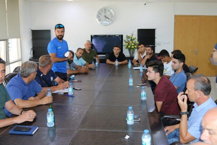 Akhisar Nostalji Futbol Turnuvası 21 Ağustos'ta başlıyor