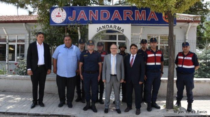 Vali Tutulmaz'dan Karaadilli Belde Jandarma Komutanlığı'na ziyaret