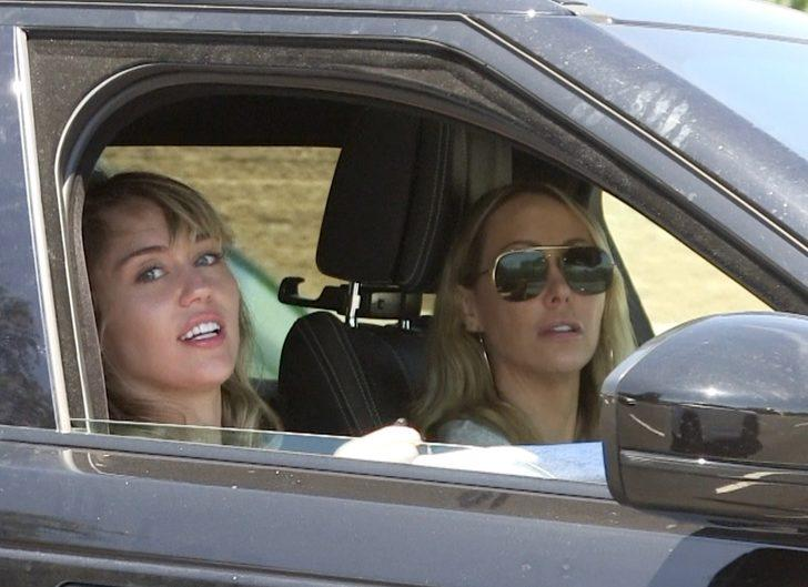 Miley Cyrus açıklama yaptı: Kocamı aldatmadım