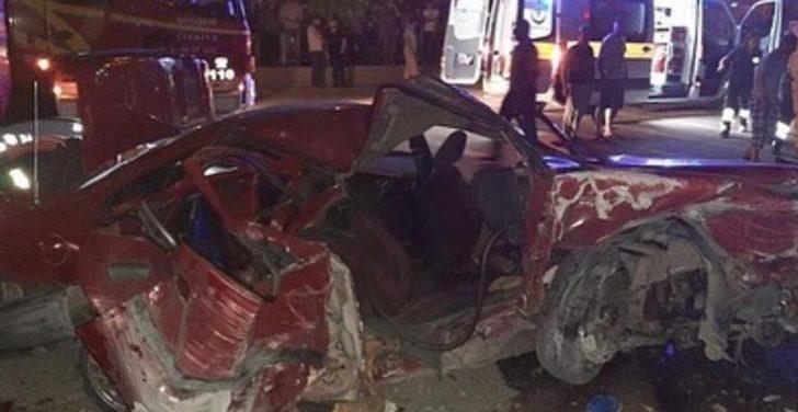 Başkent'te korkunç kaza! Önce duvara ardından yol kenarındaki baba ve oğluna çarptı!