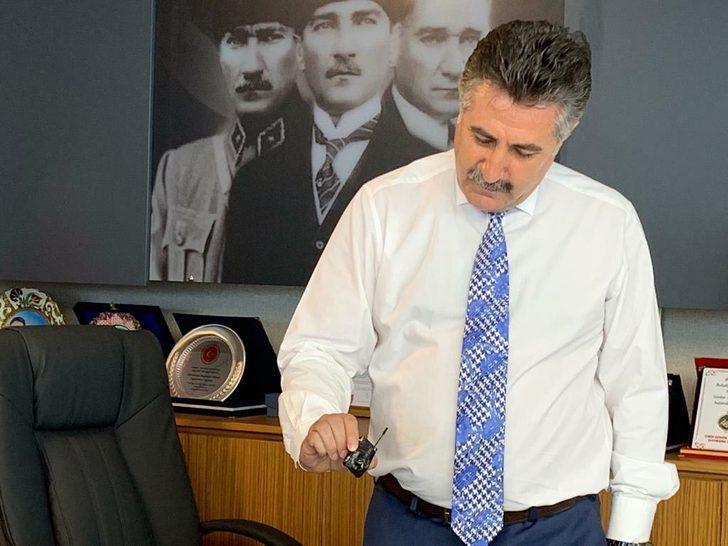 Belediye başkanının odasında dinleme cihazı bulunmasıyla ilgili 2 kişiye gözaltı