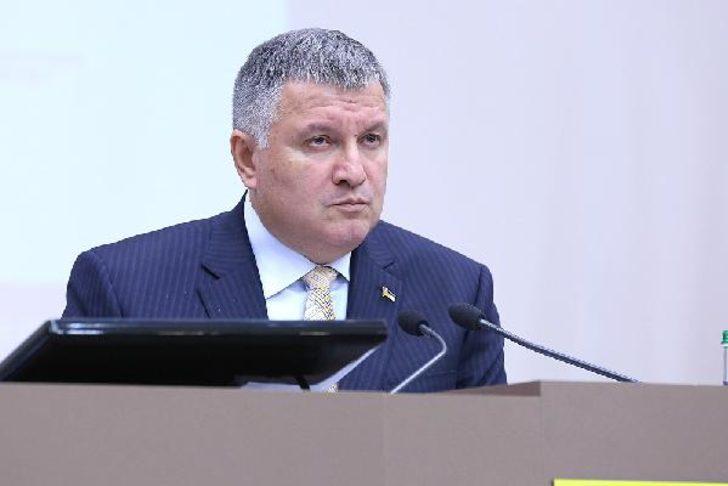 Ukrayna İçişleri Bakanı Avakov: Rusya'ya uyuşturucu satalım