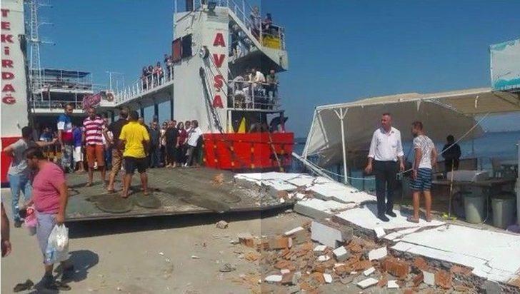 Avşa'da feribot iskeleye çarptı: 4'ü çocuk 7 yaralı!