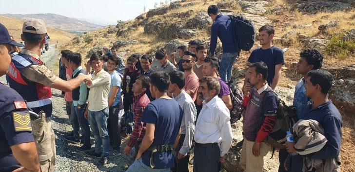 Malatya'da 39 kaçak göçmen yakalandı