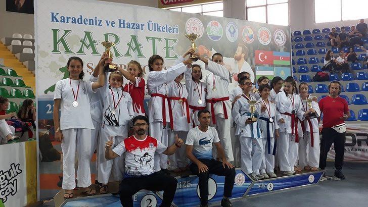 Uluslararası Karadeniz Hazar Ülkeleri Karate Şampiyonası tamamlandı