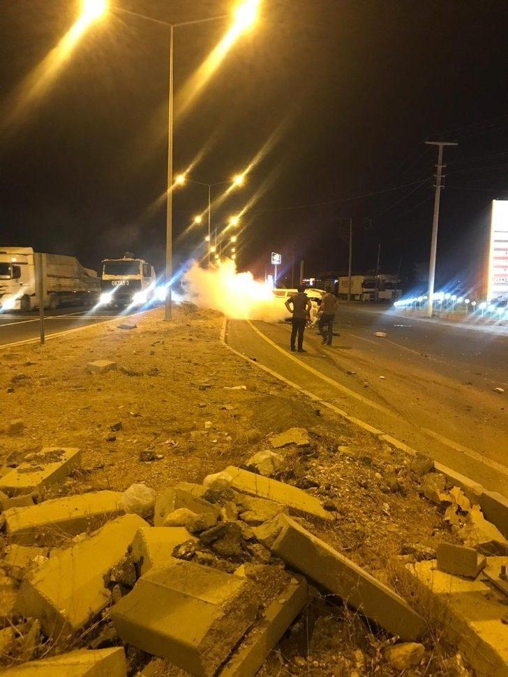 Nusaybin'de yanan otomobile TOMA ile müdahale