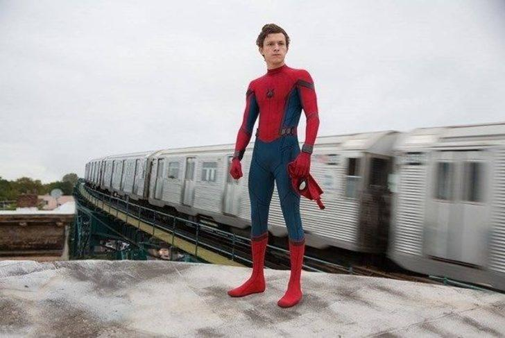 Örümcek-Adam'ın Marvel'ı terk etmesi hakkında ilk kez konuştu