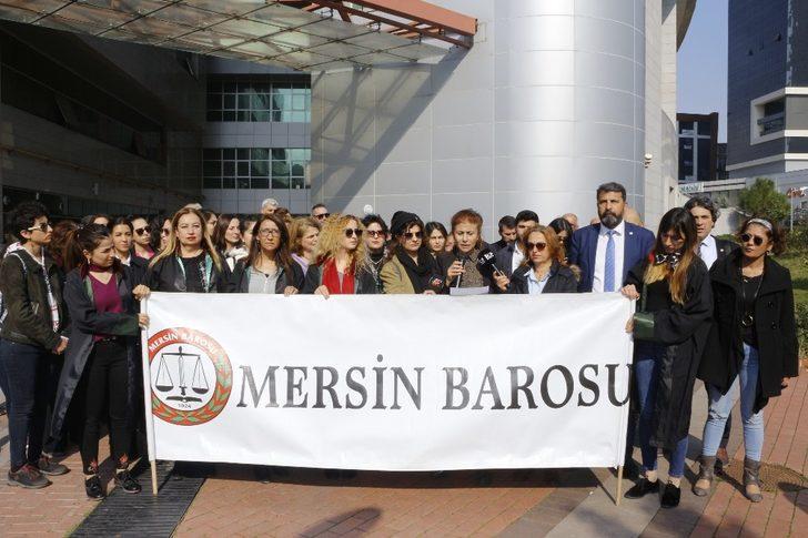 """Mersin Barosundan """"kadın cinayetleri"""" açıklaması"""