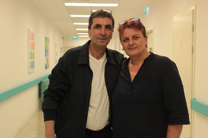 Kolostomi torbasından kurtulmak için Türkiye'ye geldi