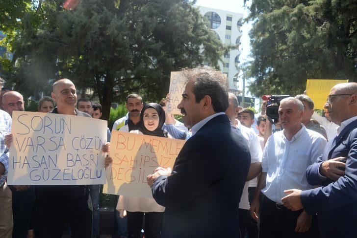HDP'lilerin işten çıkardığı şehit yakını ve gaziler yeniden işe alındı