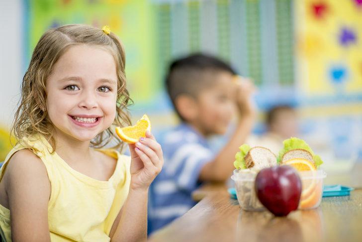 Okul çağındaki çocuklarda beslenmede dikkat edilmesi gerekenler