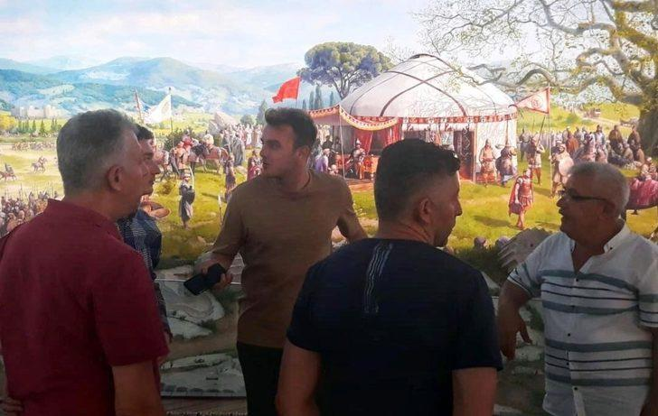 Ertuğrul Ersoy, Fetih Müzesi'ni ziyaret etti