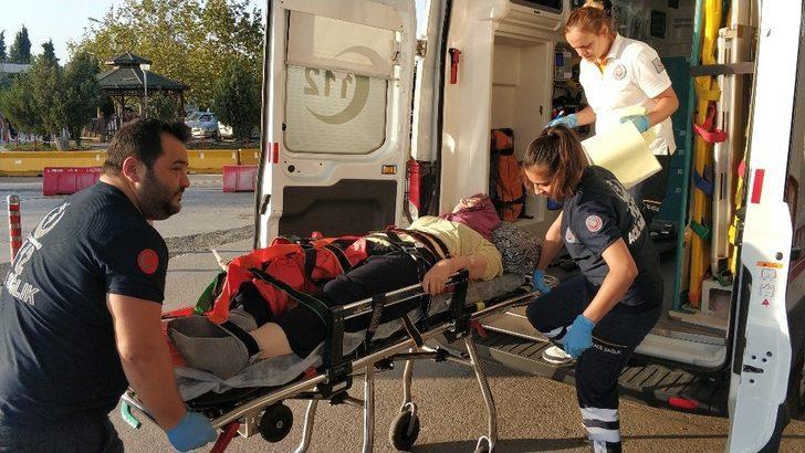 Çatıdan düşen genç kız ambulans helikopter ile hastaneye kaldırıldı