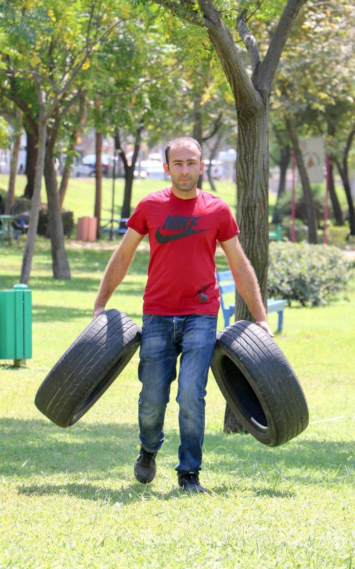 Parkta kurduğu parkurda çalıştı, bekçilik sınavını kazandı