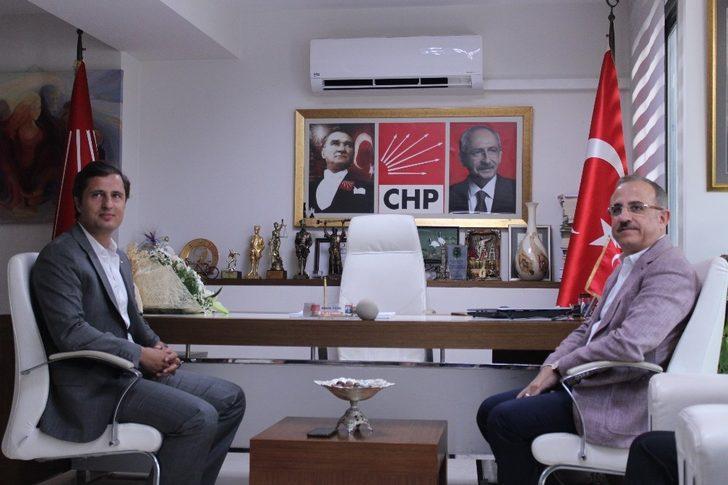 AK Partili ve CHP'li başkandan İzmir için ortak hareket etme vurgusu