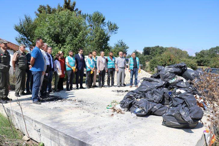 Bolu'nun doğal güzelliğinden hükümlüler torbalar dolusu çöp topladı