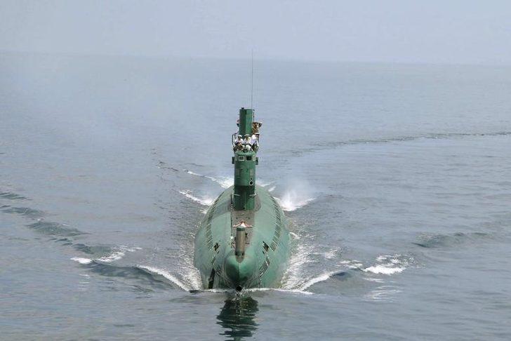 Kuzey Kore'nin 'güdümlü füze denizaltısı inşa ettiği' iddiası