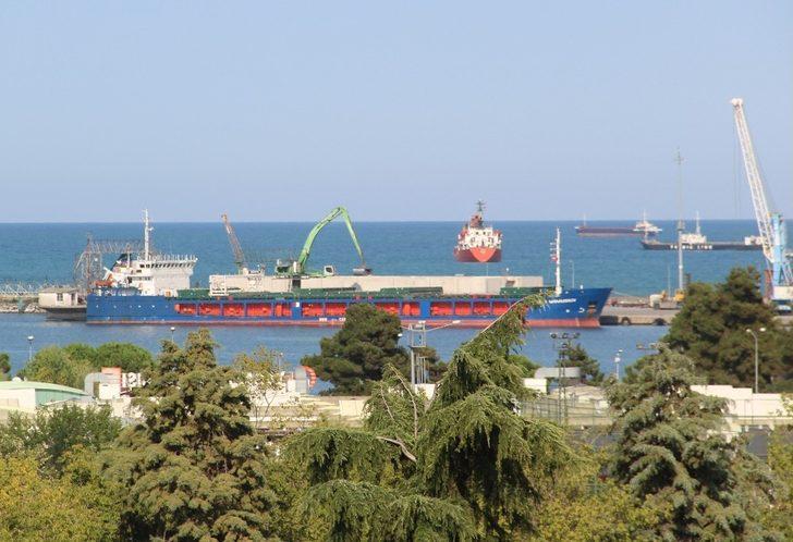 Samsun'da ihracat ithalata fark attı